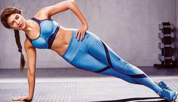 jacqueline fernandez yoga